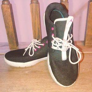 Jordan Sneakers (Kids)